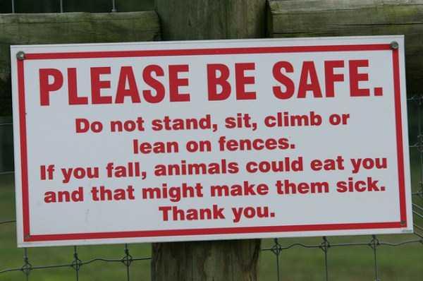 20 Funny and Sarcastic Warning Signs (20 photos) | KLYKER COM