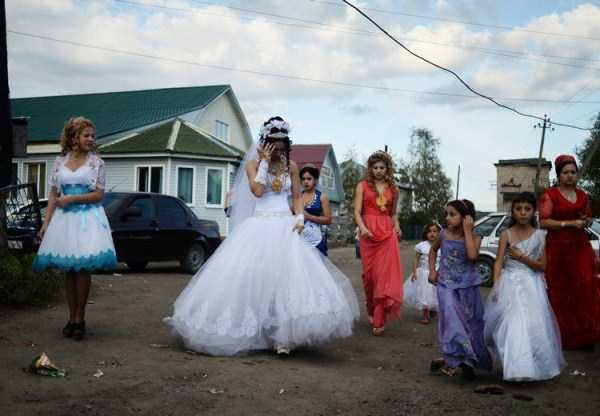 Traditional Gypsy Wedding in Russia (24 photos) 1