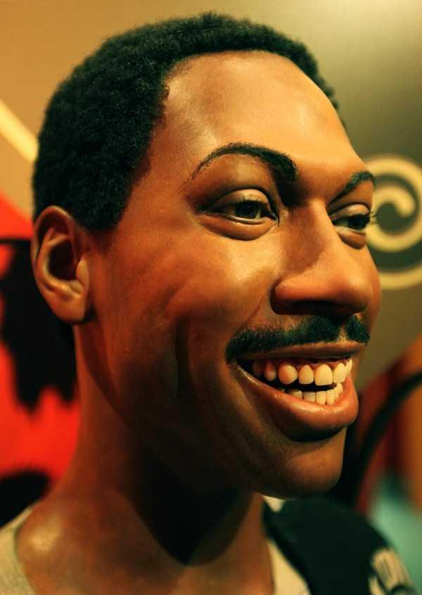 hollywood-stars-lifelike-wax-figures (30)