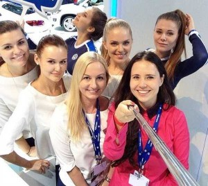 Attractive Hostesses of Moscow Car Show Taking Selfies (26 photos) 18