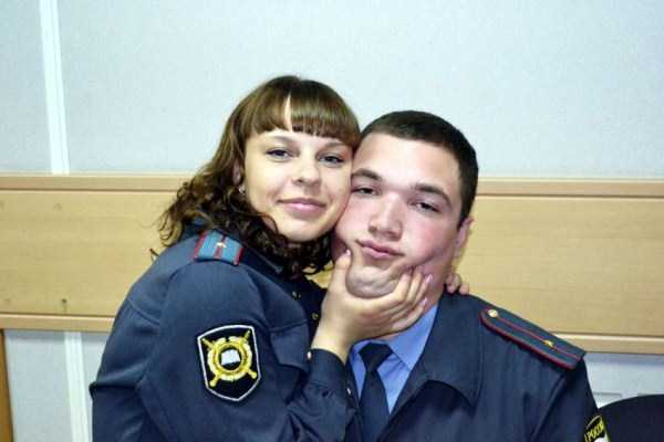 hot-russian-women-in-various-uniforms (4)