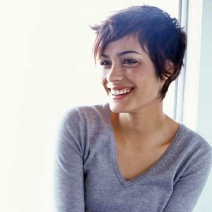 Short-Haired Beauties (24 photos) 7