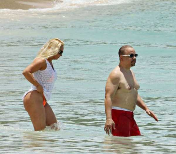ice-t-coco-austin-at-the-beach (1)