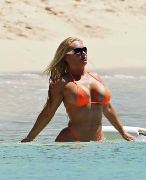 ice-t-coco-austin-at-the-beach (10)