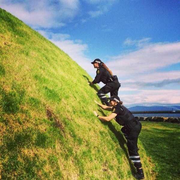 iceland-police-instagram (10)