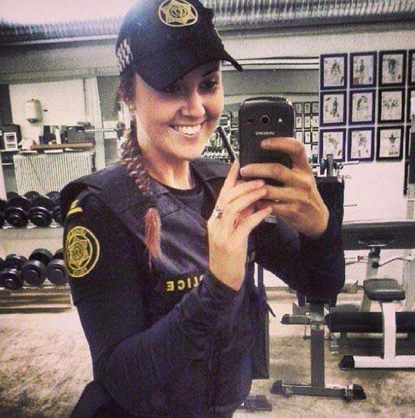 iceland-police-instagram (27)