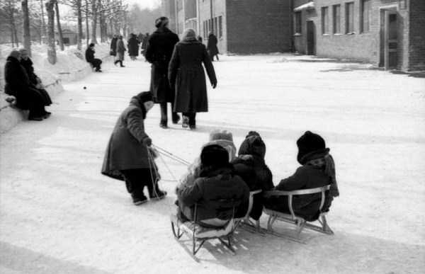 life-of-children-in-the-soviet-union (19)