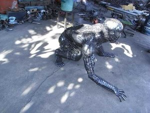 Awesome Metal Sculptures Made From Used Car Parts (20 photos) 13