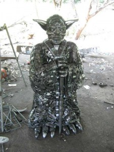 Awesome Metal Sculptures Made From Used Car Parts (20 photos) 21