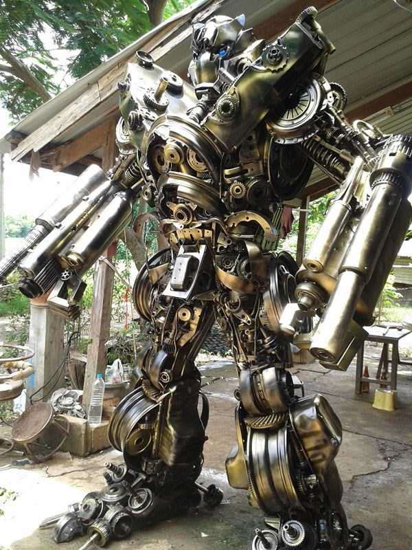 Awesome Metal Sculptures Made From Used Car Parts 20