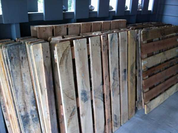 old-pallets-flooring (1)