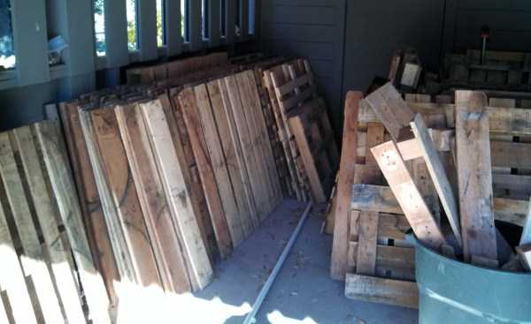 old-pallets-flooring (2)