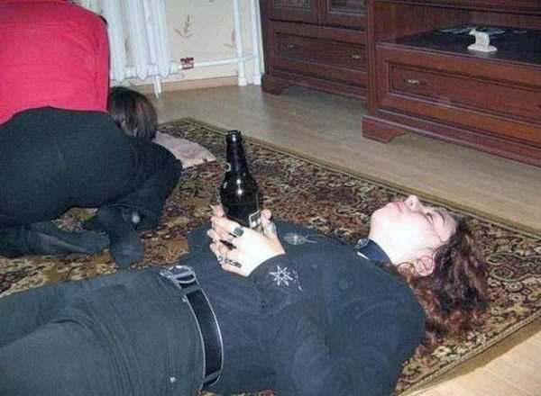 russian-girls-and-rugs (30)