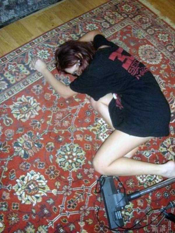 russian-girls-and-rugs (43)