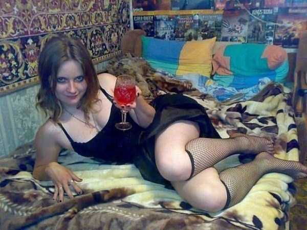 russian-girls-and-rugs (44)