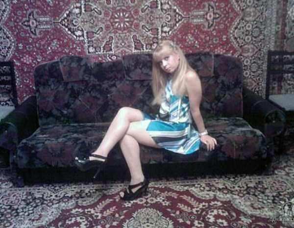 russian-girls-and-rugs (49)