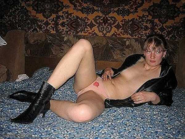 russian-girls-and-rugs (5)