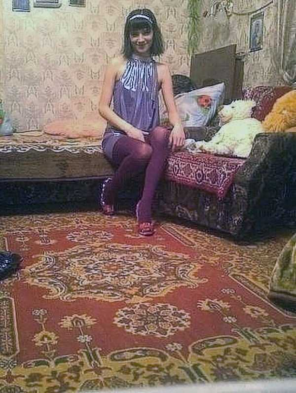 russian-girls-and-rugs (9)