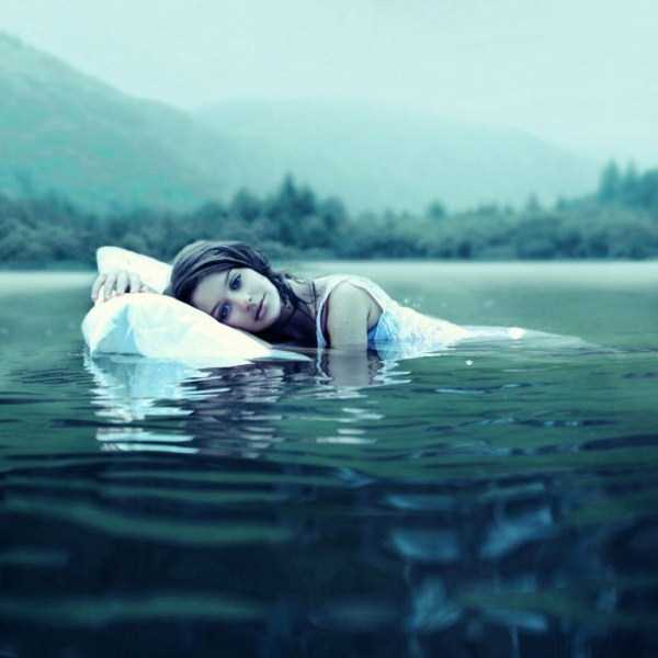 surreal-photography-rosie-hardy (15)