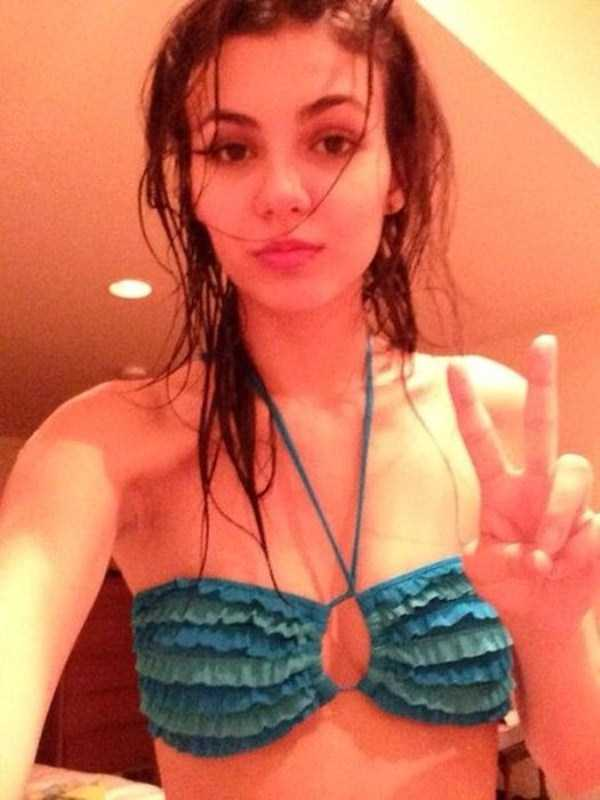 victoria-justice-leaked-photos-23