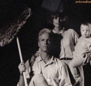 30 Seriously Odd Family Photos (30 photos)