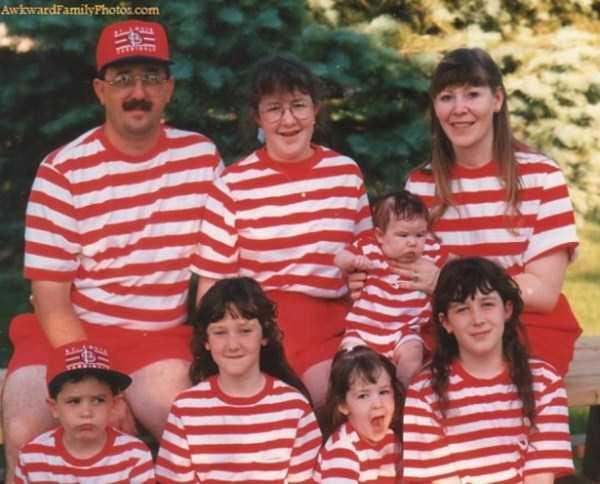 Awkward-Family-Photos-020-10092014