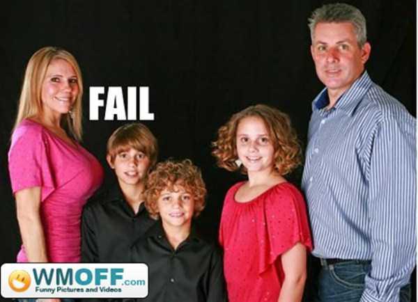 Awkward-Family-Photos-021-10092014