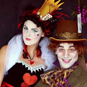 Couples Halloween Costumes That are Quite Impressive (30 photos) 17