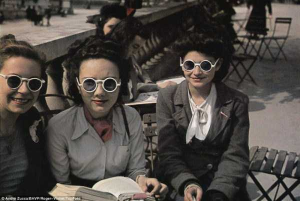 Life in Occupied Paris During the Second World War (36 photos) 1