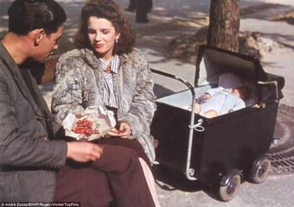 Paris-during-Nazi-occupation  (14)