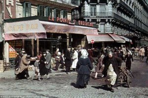 Life in Occupied Paris During the Second World War (36 photos) 18