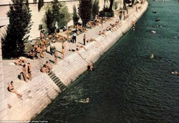 Paris-during-Nazi-occupation  (36)