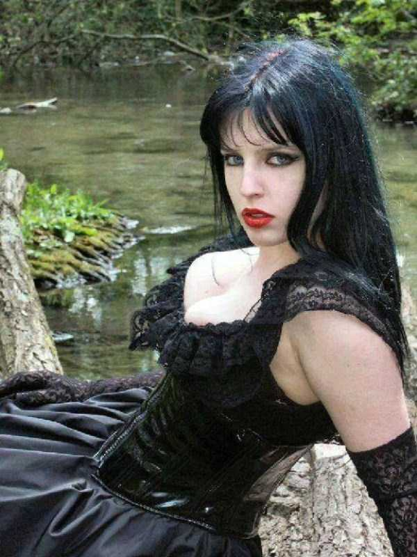 Real-Gothic-Girls (135)
