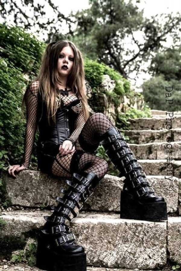 Real-Gothic-Girls (200)