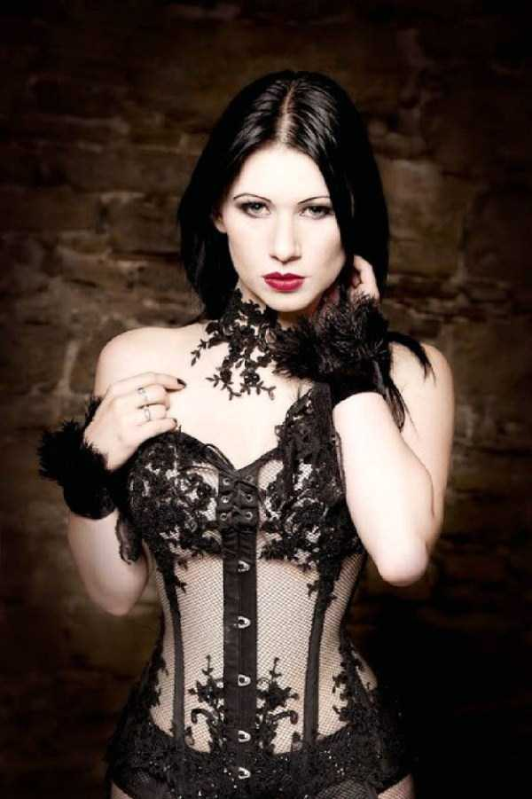 Real-Gothic-Girls (5)