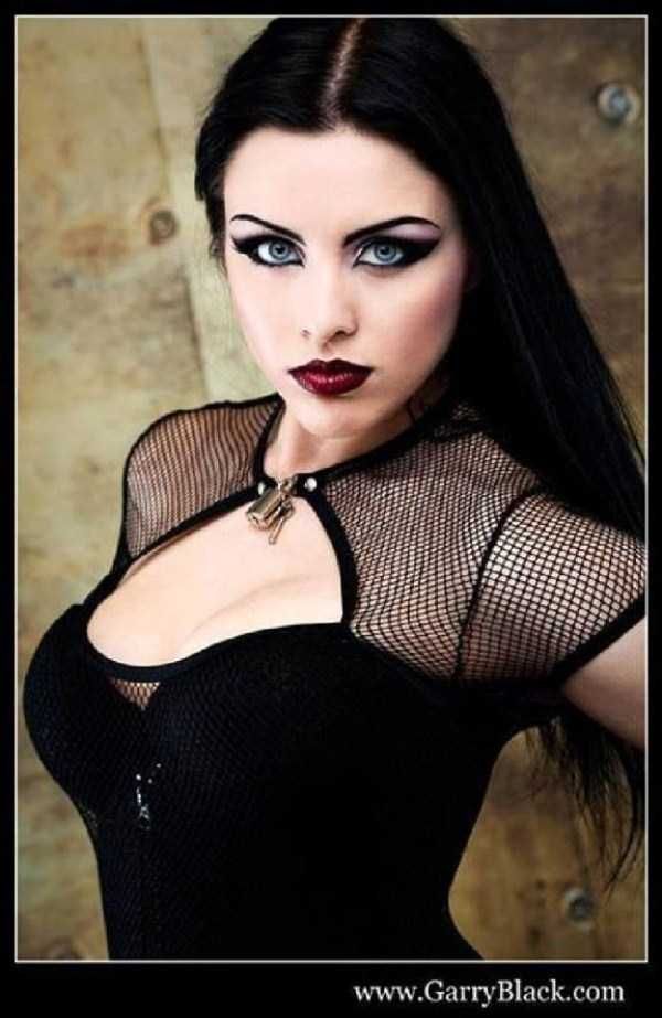 Real-Gothic-Girls (72)