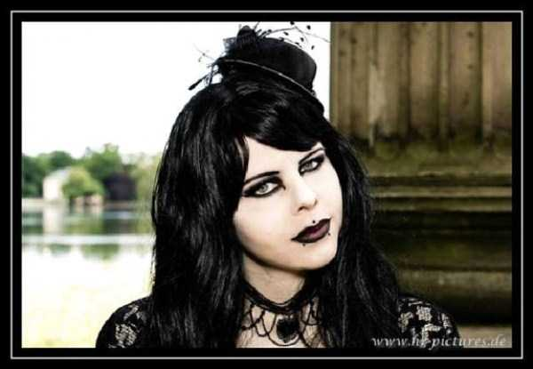 Real-Gothic-Girls (81)