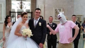 Some Weddings are a Bit Different (62 photos) 46