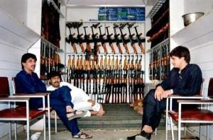 Illegal Gun Makers in Pakistan (15 photos) 13