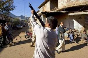 Illegal Gun Makers in Pakistan (15 photos) 14
