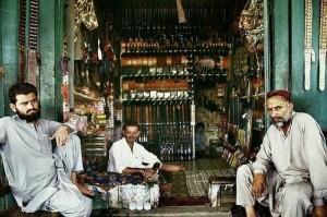 Illegal Gun Makers in Pakistan (15 photos) 9