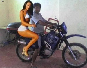 How To Get A Girlfriend Using Photoshop (34 photos) 12