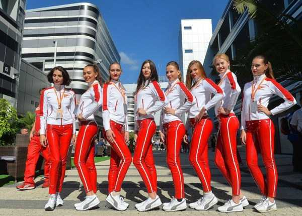 Hot Grid Girls of the Russian Formula One Grand Prix (20 photos) 8