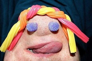 People Making Funny Chin Faces (27 photos) 24