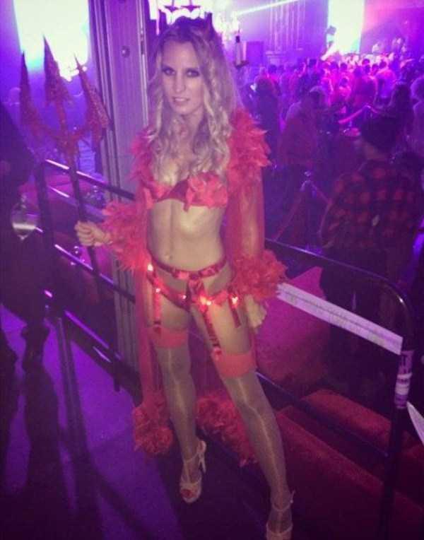 playboy-halloween-party-2014 (27)