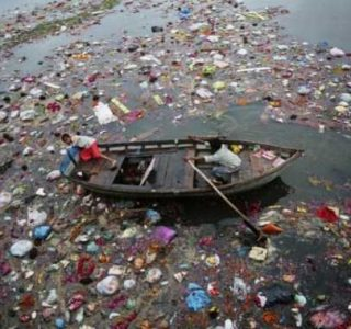 Rivers in India are Extremely Polluted (14 photos)