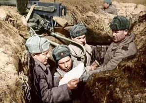 Colorized Photos of Soviet Red Army in WW II (40 photos)  32