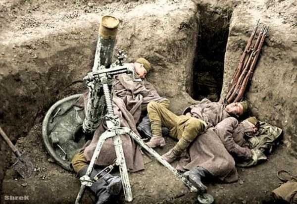 Colorized Photos of Soviet Red Army in WW II (40 photos)  35