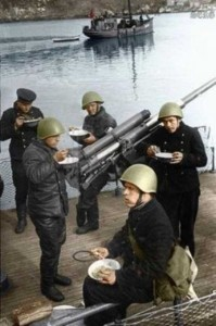 Colorized Photos of Soviet Red Army in WW II (40 photos)  6