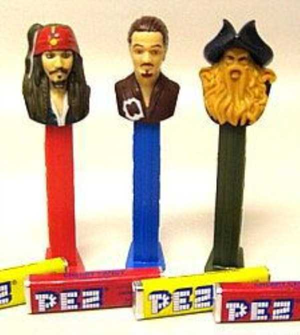 strange-pez-dispensers (36)